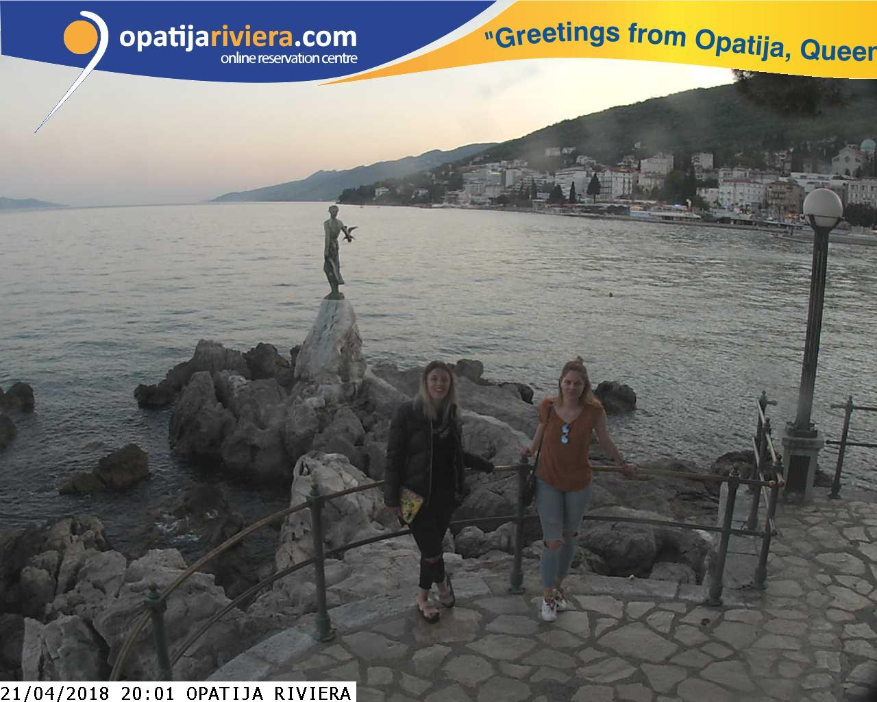 Open Photo